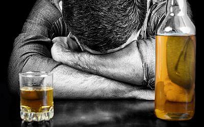 Изображение 1 - Медикаментозное лечение алкоголизма - клиника Угодие