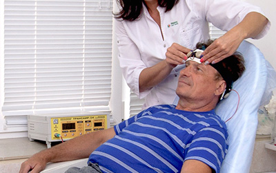 Физиотерапия для лечения алкогольной зависимости - клиника Угодие